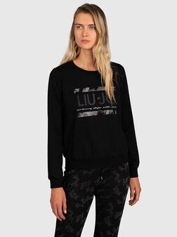 Sweatshirt with rhinestone - 1