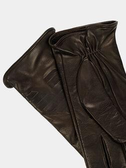 Leather gloves in dark brown - 1