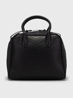 Чанта в черен цвят - 1