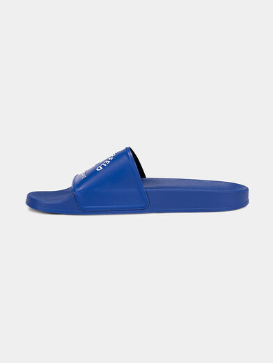 KONDO slides in blue with a contrasting logo - 5