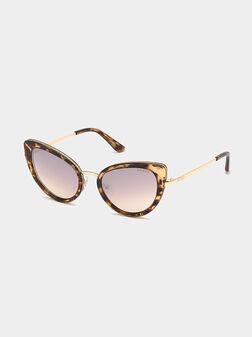Очила със златисто-кафяви акценти  - 1