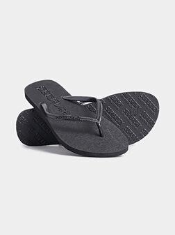 Плажни чехли SUPER SLEEK в черен цвят - 1