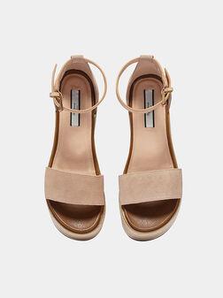 WICK Platform sandals in pink - 1