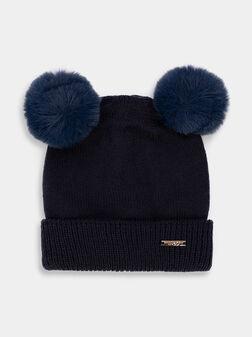 Плетена шапка в син цвят - 1