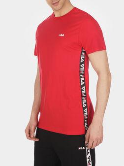 Тениска в червен цвят TALAN с лого - 1
