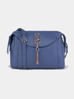 Синя кросбоди чанта с декорация - 1